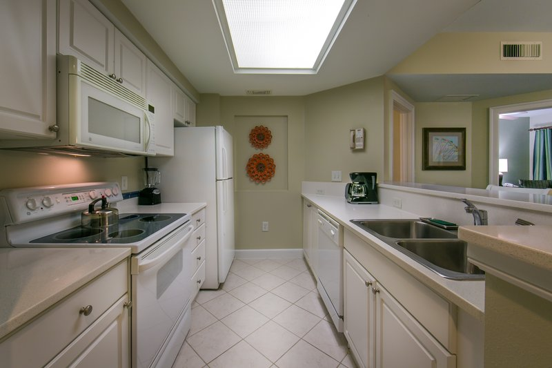 Holiday Inn Club Vacations South Beach Resort-Fully equipped kitchen makes preparing meals easy in your villa<br/>Image from Leonardo