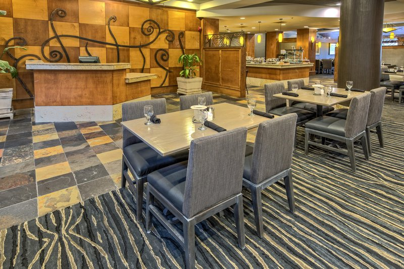 Hilton Knoxville Airport, TN-Cooper's<br/>Image from Leonardo
