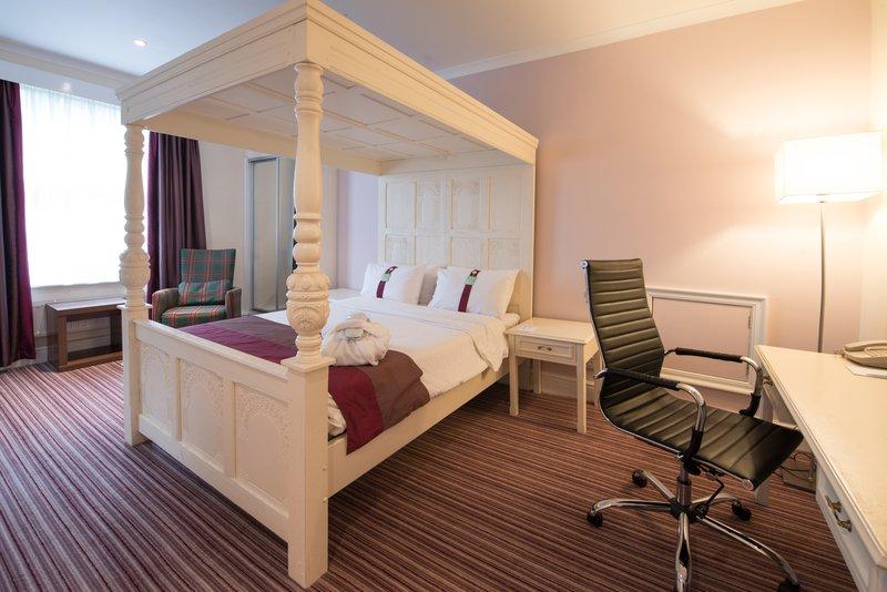 Holiday Inn Milton Keynes East M1, Jct.14-Feature Room<br/>Image from Leonardo