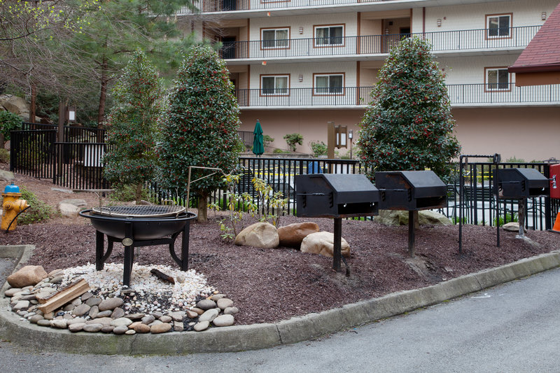 Holiday Inn Club Vacations Gatlinburg-Smoky Mountain Resort-Guests enjoy using the grills while on vacation<br/>Image from Leonardo