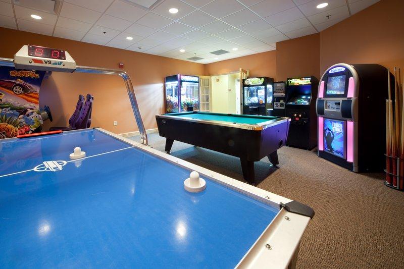 Holiday Inn Club Vacations Gatlinburg-Smoky Mountain Resort-Game Room for family fun<br/>Image from Leonardo