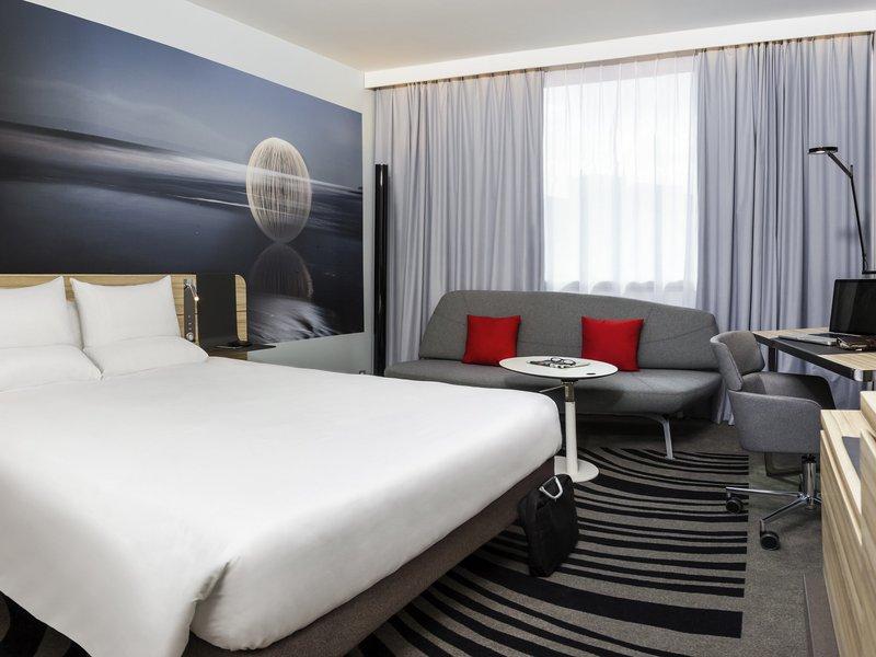 Novotel York Centre-Guest Room<br/>Image from Leonardo