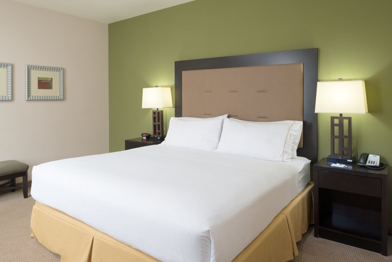 Holiday Inn Express Hotel & Suites North Sequim-Two Room King Suite bedroom<br/>Image from Leonardo