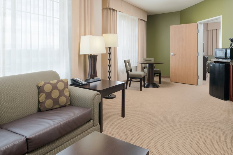 Holiday Inn Express Hotel & Suites North Sequim-Two Queen Suite living area<br/>Image from Leonardo