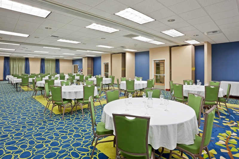 Holiday Inn Express Hotel & Suites North Sequim-The Conference Center seats around 200 and is Powered by the Sun<br/>Image from Leonardo