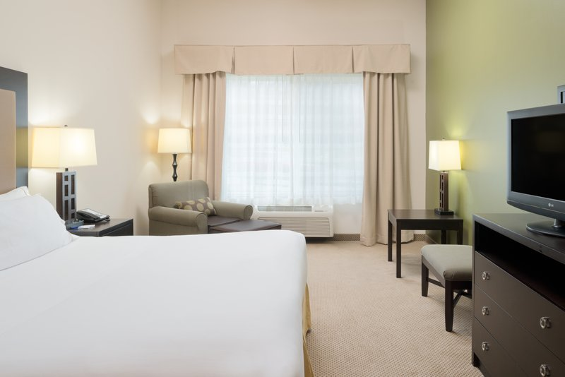 Holiday Inn Express Hotel & Suites North Sequim-King Leisure Guest Room<br/>Image from Leonardo