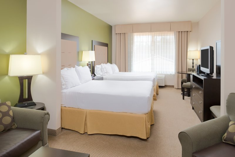 Holiday Inn Express Hotel & Suites North Sequim-Two Queen Executive Suite<br/>Image from Leonardo