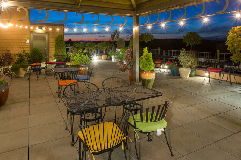 Holiday Inn Express Hotel & Suites North Sequim-Rooftop Patio<br/>Image from Leonardo
