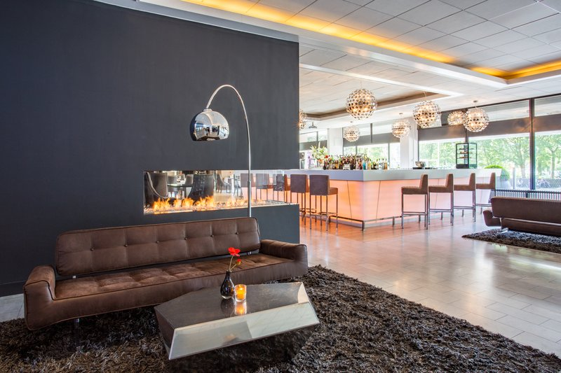 Crowne Plaza The Hague-Lobby Lounge<br/>Image from Leonardo