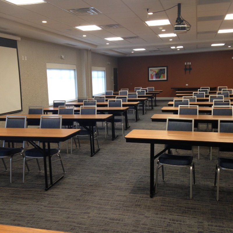 Holiday Inn Express & Suites Toledo South - Perrysburg-Meeting Room<br/>Image from Leonardo