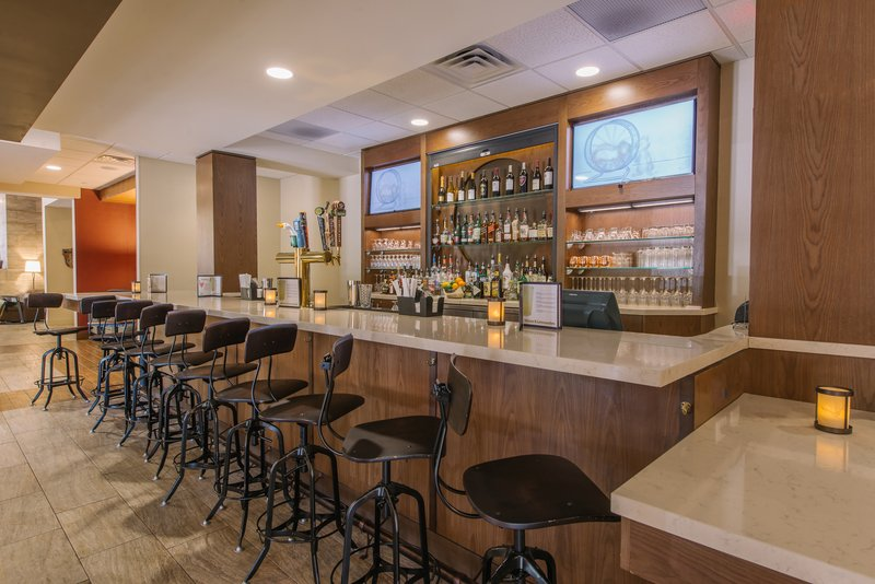 Holiday Inn Mt. Kisco-Unwind and enjoy a drink at our onsite bar & restaurant - The Hub!<br/>Image from Leonardo