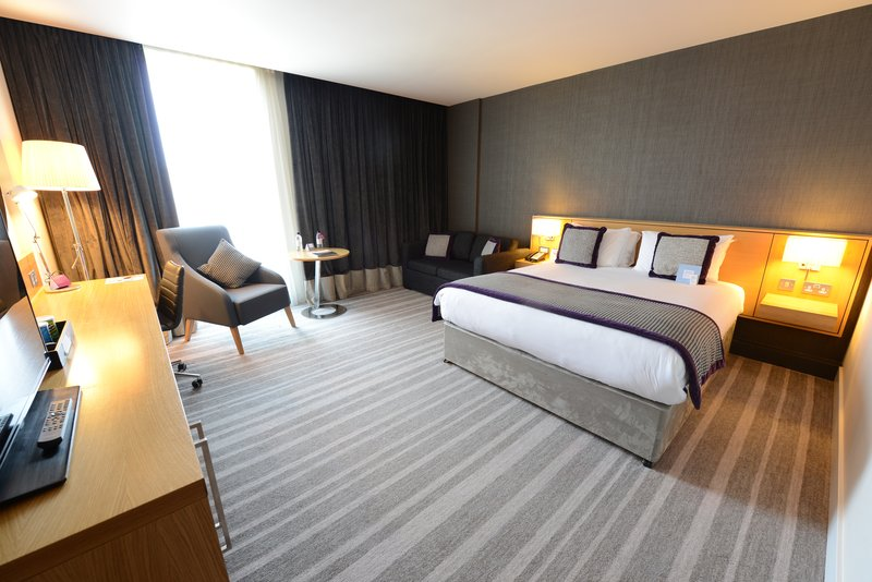 Crowne Plaza Newcastle - Stephenson Quarter-Queen Room with Sofa Bed<br/>Image from Leonardo