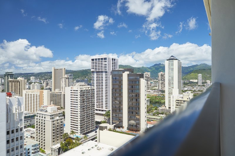 Waikiki Beachcomber By Outrigger - Partial Oceanview <br/>Image from Leonardo