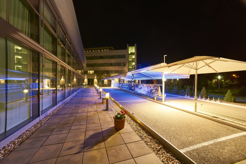 Holiday Inn Berlin Airport - Conf Centre-Curling<br/>Image from Leonardo