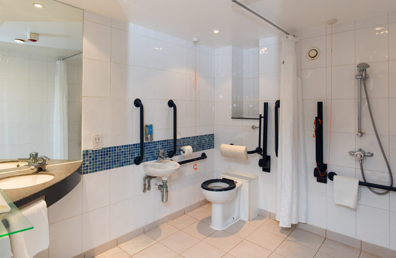 Holiday Inn Express Newcastle City Centre-Our accessible en-suites are fully equipped for wheelchair users<br/>Image from Leonardo