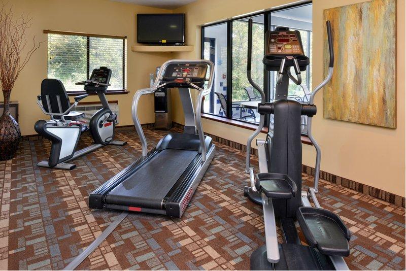 Holiday Inn Express Morgantown-24 Hour Fitness Center<br/>Image from Leonardo