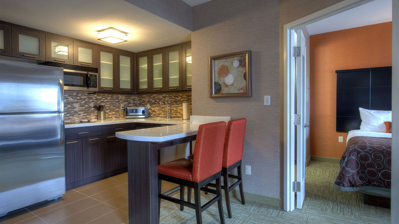 Staybridge Suites Hamilton - Downtown-Fully Equipped Kitchen<br/>Image from Leonardo