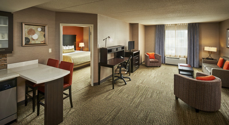 Staybridge Suites Hamilton - Downtown-One Bedroom Jacuzzi Suite featuring fully equipped kitchenette<br/>Image from Leonardo