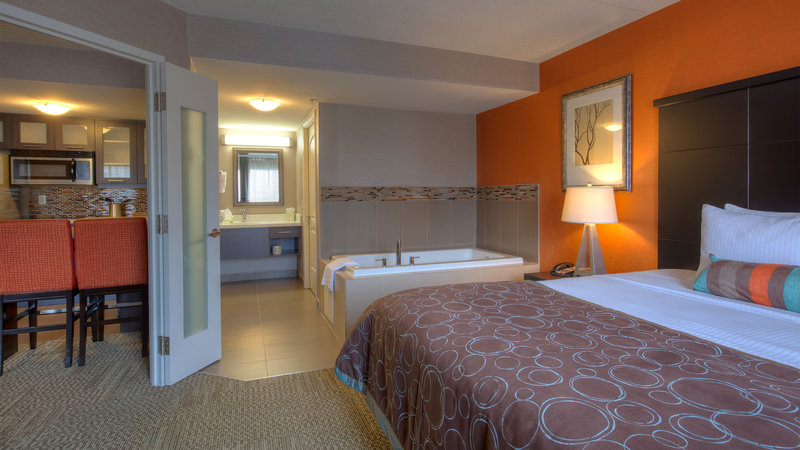 Staybridge Suites Hamilton - Downtown-King Bedroom Suite with Jacuzzi and Fully Equipped Kitchenette<br/>Image from Leonardo