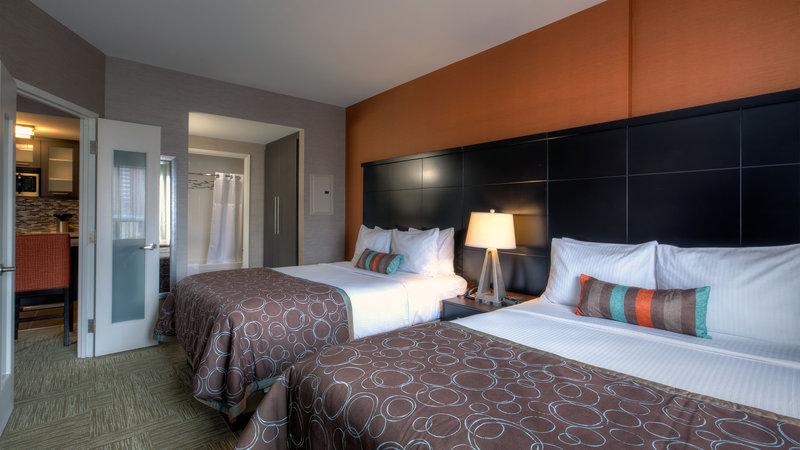 Staybridge Suites Hamilton - Downtown-Two Queen Beds Bedroom<br/>Image from Leonardo