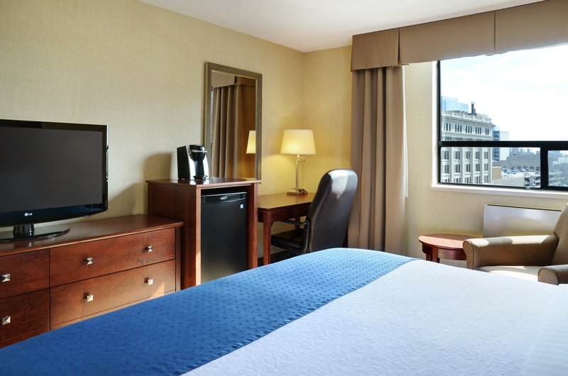 Holiday Inn Hotel & Suites Winnipeg-Downtown-Enjoy a great view from our guest rooms on the south side!<br/>Image from Leonardo