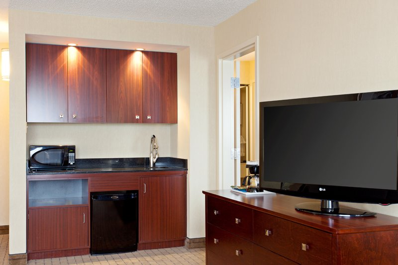 Holiday Inn Hotel & Suites Winnipeg-Downtown-Executive King Suite-wet bar-microwave and fridge<br/>Image from Leonardo