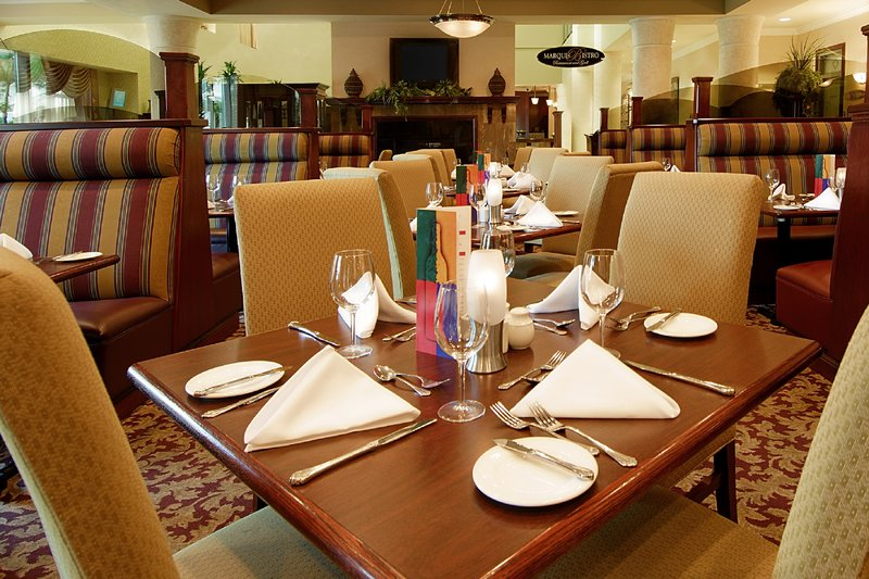 Holiday Inn Hotel & Suites Oakville @ Bronte-Our chef has created new and exciting menus in the Marquis Bistro.<br/>Image from Leonardo