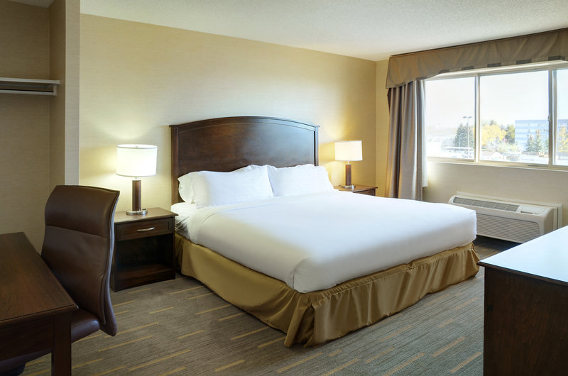 Holiday Inn Lethbridge-Guest Room<br/>Image from Leonardo