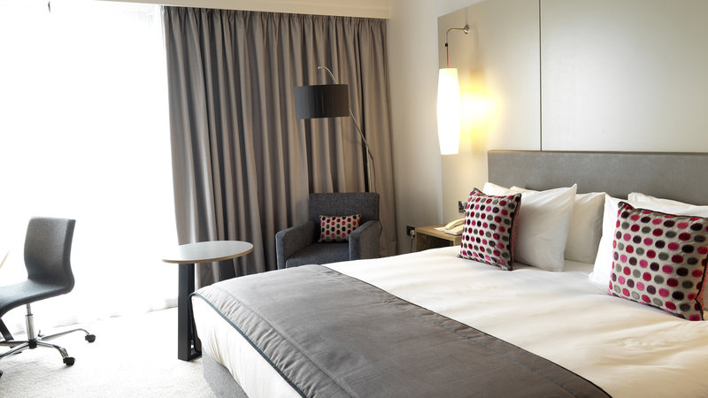 Crowne Plaza Plymouth-Large rooms with views over the Sea, Harbour and City Centre<br/>Image from Leonardo