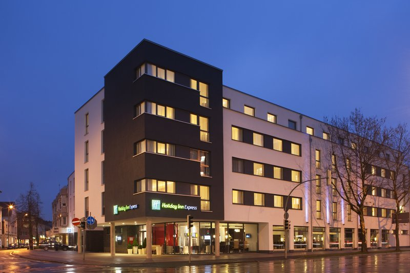 Holiday Inn Express Guetersloh-Modern timeless elegance in the design of the hotel.<br/>Image from Leonardo