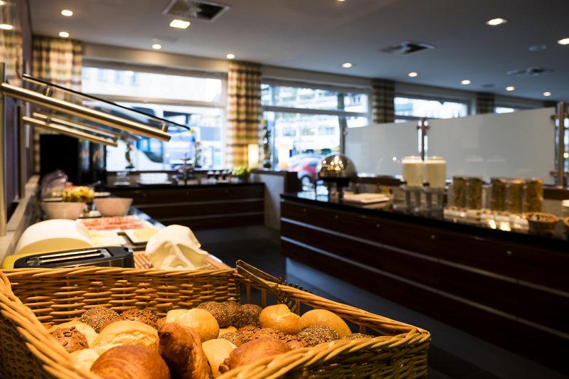 Holiday Inn Express Guetersloh-Our varied breakfast buffet.<br/>Image from Leonardo