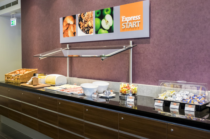 Holiday Inn Express Guetersloh-Your express start in a good day with our breakfast buffet.<br/>Image from Leonardo