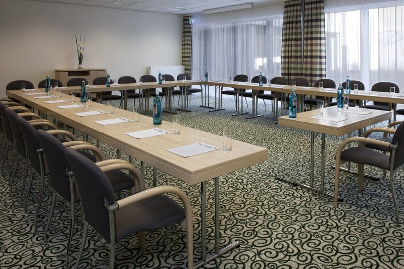 Holiday Inn Express Guetersloh-Your meeting in a professional and cordial hand.<br/>Image from Leonardo