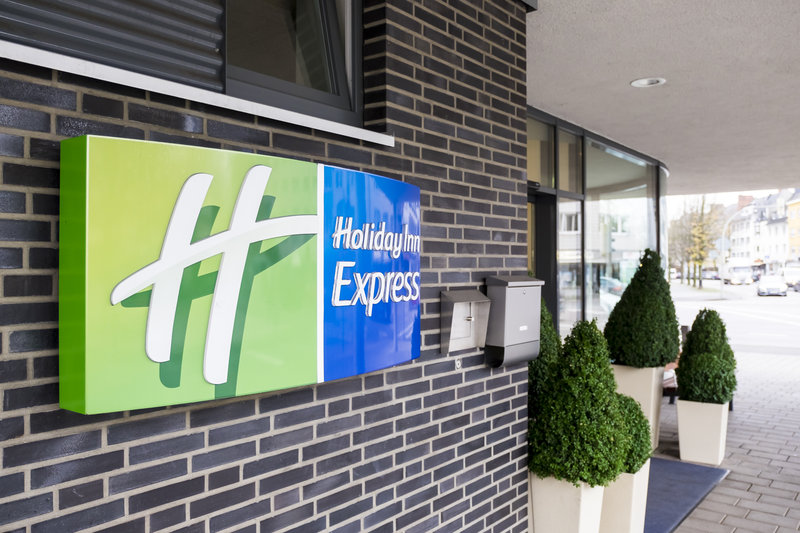 Holiday Inn Express Guetersloh-Welcome to the Holiday Inn Express.<br/>Image from Leonardo