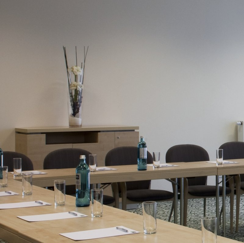 Holiday Inn Express Guetersloh-Plenty of space for your creative meeting.<br/>Image from Leonardo