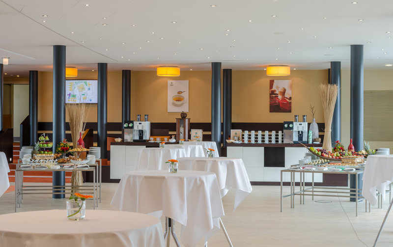 Berlin Airport Conference Centre-Pre-function Area<br/>Image from Leonardo