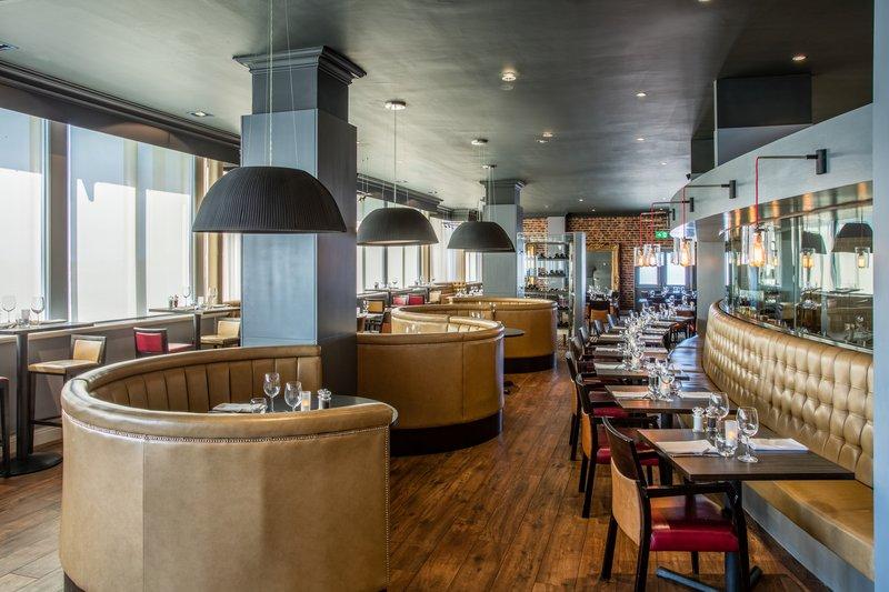Crowne Plaza Chester-Restaurant<br/>Image from Leonardo