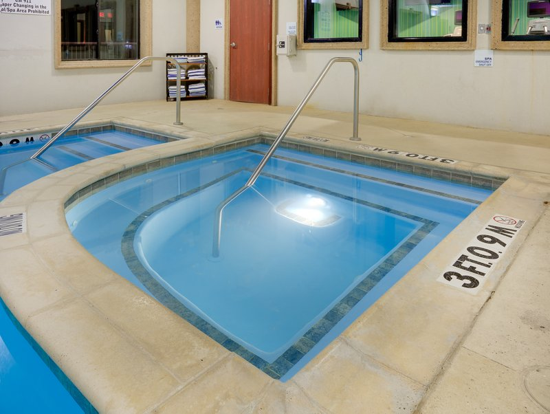 Holiday Inn Express & Suites Burleson/Ft. Worth-Whirlpool <br/>Image from Leonardo