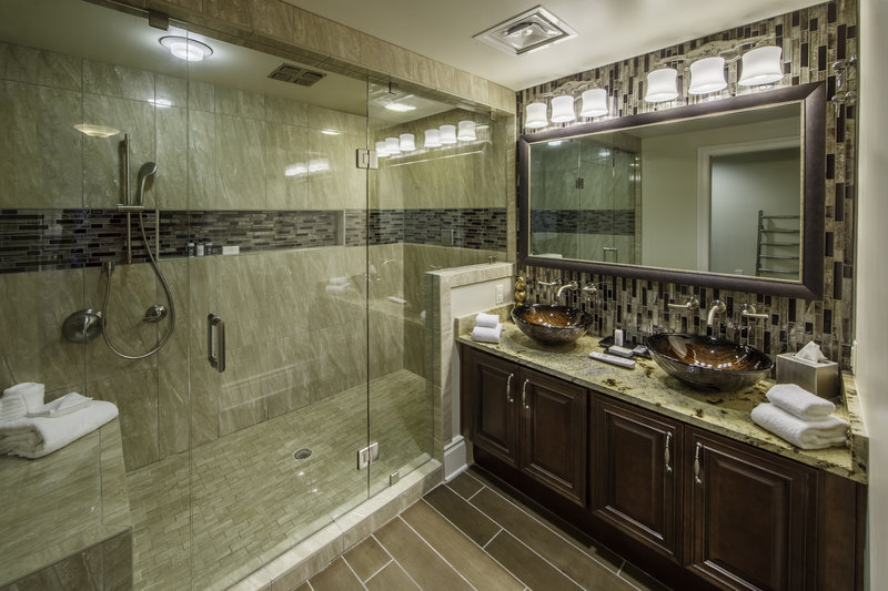 Holiday Inn Club Vacations Gatlinburg-Smoky Mountain Resort-Signature Collection luxurious master bathroom with walk-in shower<br/>Image from Leonardo