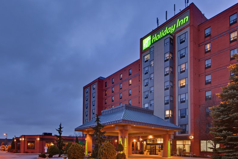Holiday Inn Hotel & Suites Windsor (Ambassador Bridge)-Exterior Feature - Holiday Inn & Suites Ambassador Bridge at night<br/>Image from Leonardo