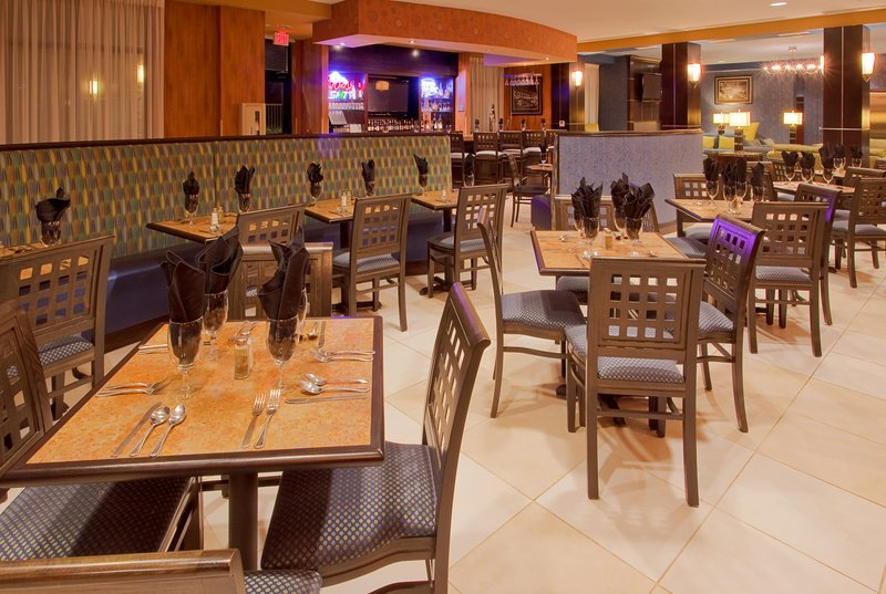 Holiday Inn Fort Worth North-Fossil Creek-Restaurant<br/>Image from Leonardo