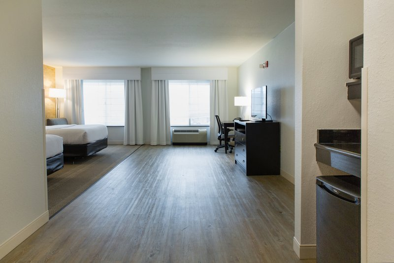 Holiday Inn Hotel & Suites Bloomington - Airport-ADA guest room two queen beds w microwave and refrigerator<br/>Image from Leonardo