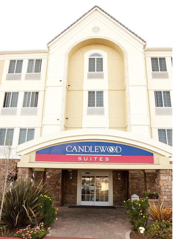 Candlewood Suites Santa Maria-Hotel Entrance<br/>Image from Leonardo