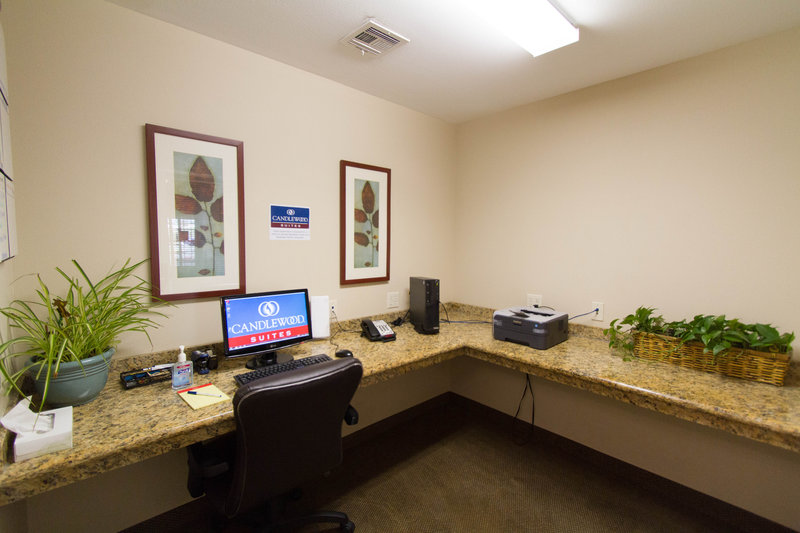 Candlewood Suites Santa Maria-Complimentary Business Center<br/>Image from Leonardo
