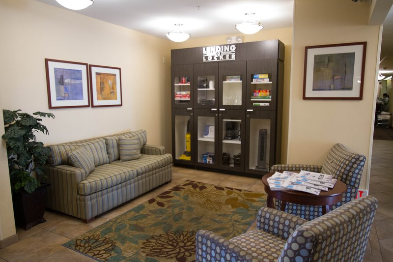 Candlewood Suites Santa Maria-Borrow a blender or a boardgame from our Lending Locker<br/>Image from Leonardo