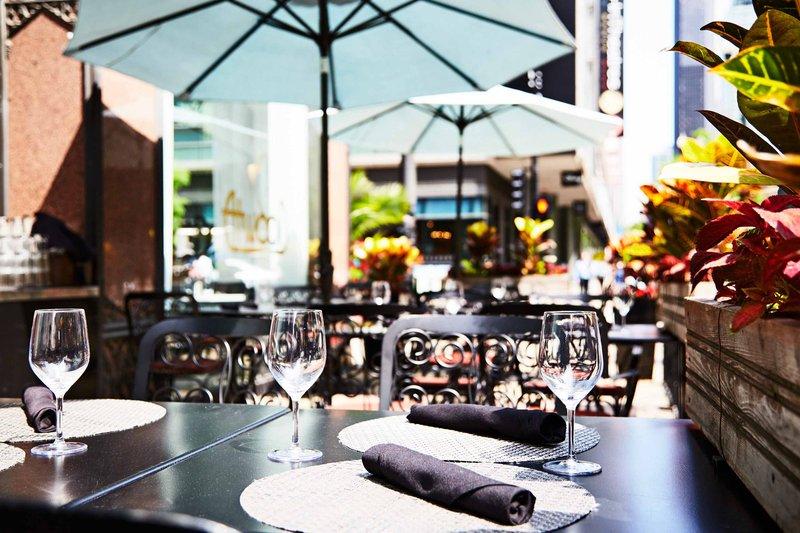 Hotel Allegro; A Kimpton Hotel - Restaurant <br/>Image from Leonardo