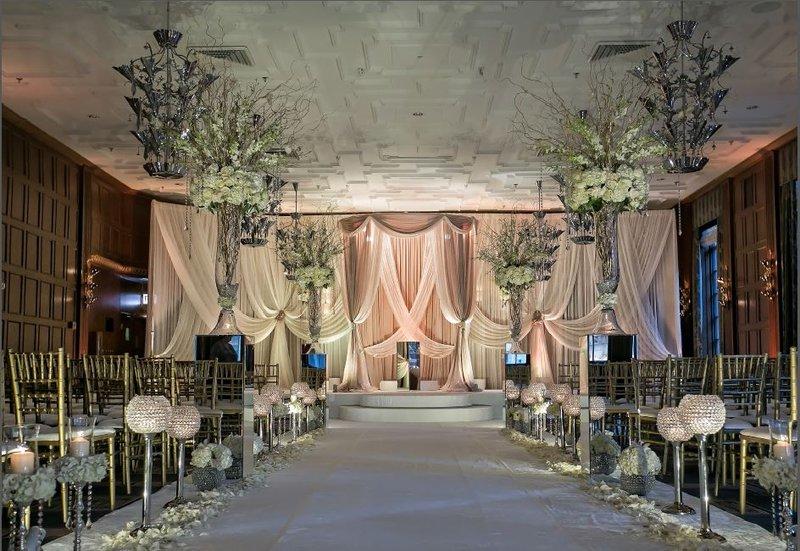 Hotel Allegro; A Kimpton Hotel - Weddings <br/>Image from Leonardo