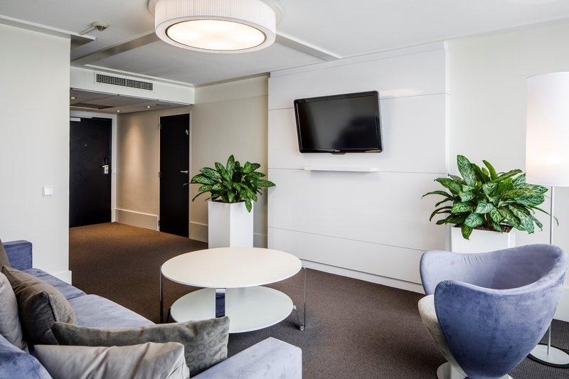 Holiday Inn Eindhoven-Presidential Suite - Living room<br/>Image from Leonardo