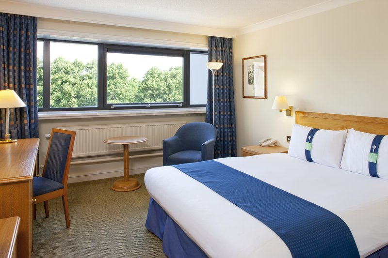Holiday Inn Cardiff City Centre-Double Bed Guest Room<br/>Image from Leonardo