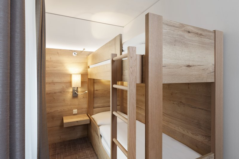 Holiday Inn Nuernberg City Centre-Bunk Bed Family Room Apartment<br/>Image from Leonardo